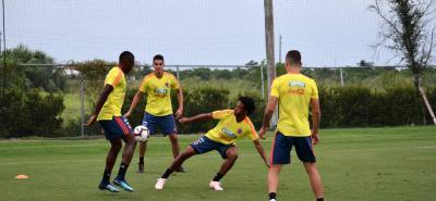 La 'Tricolor' se prepara con el grupo completo para los encuentros amistosos