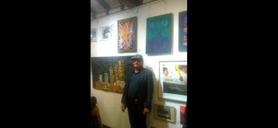 El pintor es uno de los artistas participantes de la exposición LAV en Bogotá.