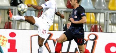 Croacia e Inglaterra, dos de los animadores del pasado Mundial de Rusia, no se hicieron daño y empataron 0-0 en un partido que favoreció a España en la Liga de Naciones.