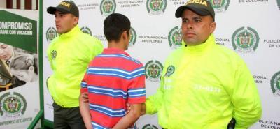 Alirio Mario Barajas, de 22 años, (foto) deberá responder por el delito de homicidio en grado de tentativa y porte ilegal de armas de fuego.