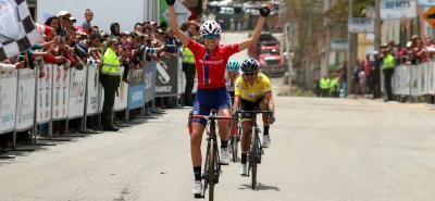 La mexicana Marcela Eliza Prieto se impuso ayer en la cuarta etapa de la Vuelta a Colombia Femenina que terminó en Socha, y le dio a su equipo, Swapit - Agolico, la segunda victoria parcial en esta competencia, tras el logrado por su coterránea Brenda Santoyo en Saboyá.