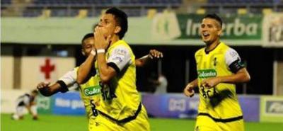 Álex Castro (20) anotó a los 28' el gol que terminó dándole un importantísimo triunfo a Alianza Petrolera sobre Boyacá Chicó en Barrancabermeja.