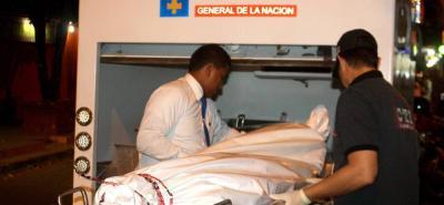 Carlos Díaz, de 36 años, recibió una herida mortal en el cuello en Santa Ana.