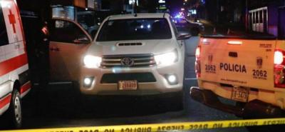 La colombiana y su pareja, un ciudadano costarricense, viajaban en una camioneta cuando fueron baleados.
