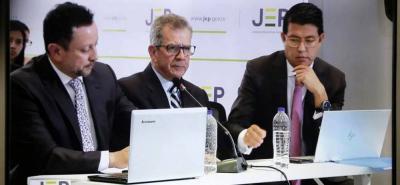 General (r) Mario Montoya firmó su sometimiento a la JEP tras falsos positivos