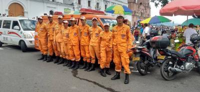 El equipo de rescate cuenta con un presupuesto de dos millones de pesos, dos vehículos de rescate, ocho equipos de rescate vertical, 10 machetes, cinco palas, ocho cascos pexel y ocho botas pantaneras.