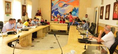 Los concejales debatieron sus planteamientos pero el proyecto tuvo cuatro votos más de los que se requieren para ser aprobado.
