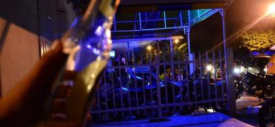 El exceso de volumen en un negocio ubicado en el kilómetro 2 de la vía San Gil – Charalá, a unos 200 metros de la clínica de salud mental Villa María, fue denunciado por la comunidad.