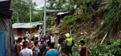 Los Bomberos y la Policía han sido la mano amiga de la comunidad del asentamiento humano.