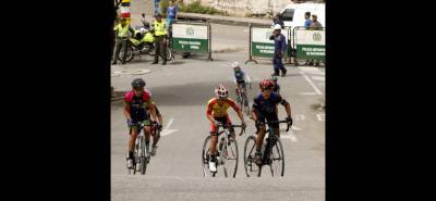 Los cierres viales han sido aprobados por la Dirección de Tránsito y Transporte de Floridablanca para garantizar la seguridad de los deportistas.