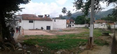 La ciudadanía teme que pueda ocurrir lo mismo que el Polideportivo de Altos de Arenales, que quedó en promesas.