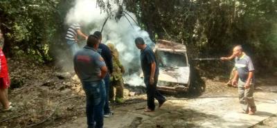 Pese al esfuerzo entre la Policía de Pinchote y los Bomberos Voluntarios, no lograron contener las llamas a tiempo.