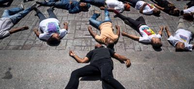 """Opositores piden por cuarta vez visita """"urgente"""" de Bachelet a Venezuela"""