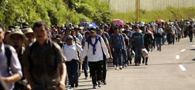 Trump enviaría 15.000 militares a la fronteras ante la llegada de inmigrantes