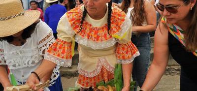 El bazar en Carrizal Campestre es un evento social que busca arreglar la cancha del sector.