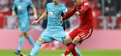 El colombiano James Rodríguez fue titular con Bayern y jugó 71' ante Friburgo.