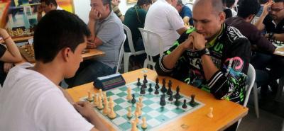 La Liga Santandereana de Ajedrez organizó el Torneo Abierto de Integración de Ajedrez Activo, en el cual participaron 84 trebejistas y que dejó como gran campeón a Germán Alexis Sánchez Castellanos con seis puntos.