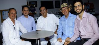 Luis Mancilla, Javier Cote, José Vicente Moreno Corzo, Hugo Martínez y Carlos García.