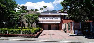 Los estudiantes del colegio Juan Cristóbal Martínez también están afectados por la falta de señalización.