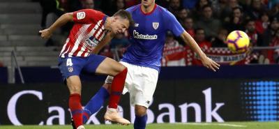 El defensa colombiano Santiago Arias fue titular en la victoria 3-2 del Atlético de Madrid sobre el Athletic de Bilbao.
