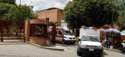 Agentes de la Sijín realizaron el levantamiento del cuerpo de la menor, el cual fue llevado a la morgue de Medicina Legal.