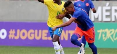 La selección Colombia sub 20, que dirige Arturo Reyes, igualó ayer 0-0 ante Brasil, en un encuentro amistoso de preparación para el Sudamericano de la categoría.