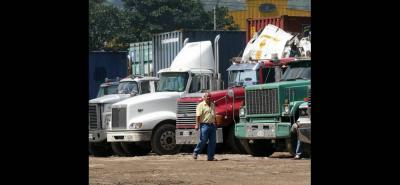 Los camioneros tienen otras dificultades como la tabla de fletes, la chatarrización y el IVA que tiene pensado el gobierno grabarle a los transportadores de carga.