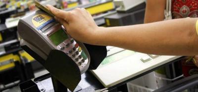 Las recargas a celulares y el servicio de corresponsal Bancolombia y Nequi representan el 80% de las transacciones digitales que realizan las tiendas de barrio.