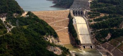 La construcción de la Central Hidroeléctrica Sogamoso duró seis años y tiene la capacidad de generar el 8,3% de la energía que se consume en Colombia en un año.