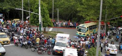 El motociclista fallecido transitaba en sentido al barrio Villabel, mientras que la buseta iba de sur a norte.