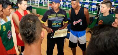En la temporada anterior, el entrenador de baloncesto Jordan Barrios recibió el galardón al Mejor Entrenador en la ceremonia del Deportista del Año que organiza esta casa periodística.