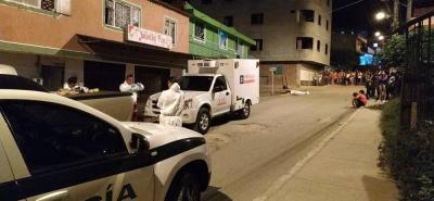 Agentes del CTI de la Fiscalía realizaron el levantamiento del cuerpo de Carlos Villamizar (foto).