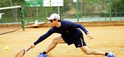 Danilo Merchán es uno de los favoritos al título en Segunda categoría en el Máster de Tenis de Ruitoque Golf Country Club, que inicia hoy.