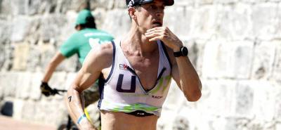 El santandereano Rodrigo Acevedo Van Arcken brilló con luz propia en el Ironman 70.3 de Cartagena, al terminar tercero en la categoría principal, tras una exigente prueba en la que empleó casi cuatro horas bajo el inclemente calor del caribe colombiano.