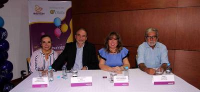 Clemencia Hernández, Miguel Arce, Teresa Prada y Pedro Villamizar.