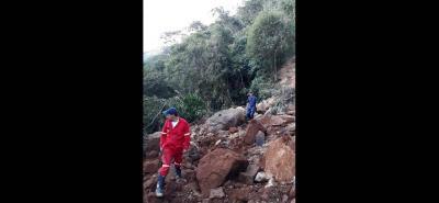 El pasado martes en la vereda La Laguna, Charalá, ocurrió un derrumbe que comprometió parte de la red de acueducto.