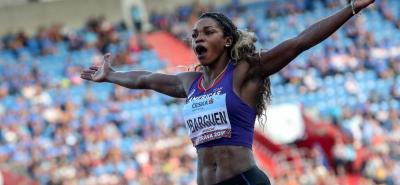 La colombiana Caterine Ibargüen Mena, fue galardonada anoche por la Iaaf, como la mejor atleta del mundo en 2018, convirtiéndose en la primera suramericana en recibirlo.