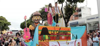 La Feria Bonita se vistió de carnaval
