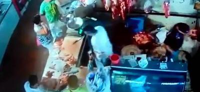 Sicario atentó contra un hombre en la plaza de mercado San Francisco