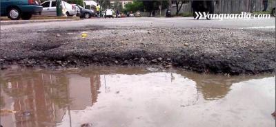 Vanguardia Liberal lanza iniciativa para 'parchar' las vías de Bucaramanga