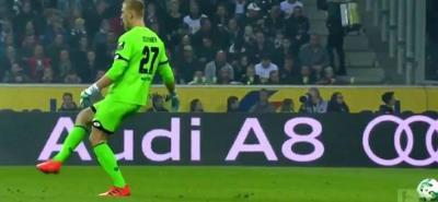 No se pierda el increíble blooper del portero del Mainz en la Bundesliga