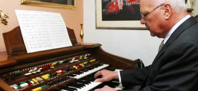 El compositor padecía de alzahimer.