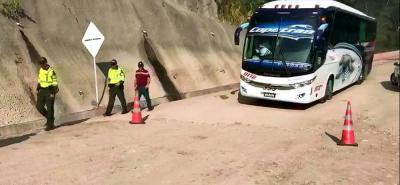 Al mediodía de este viernes reabren vía entre Bucaramanga y Barrancabermeja