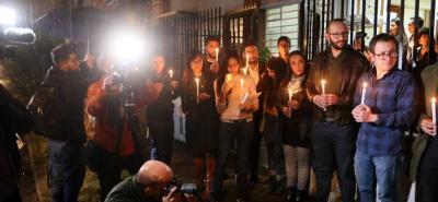 Diario 'El Comercio' de Ecuador rinde homenaje a equipo periodístico asesinado por disidencias de las Farc