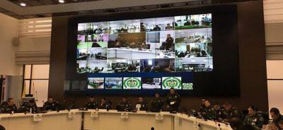 "Ministro de Defensa reporta ""total tranquilidad"" en jornada electoral"