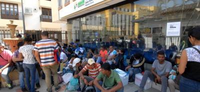 Realizan masivo operativo para detectar venezolanos indocumentados en Bucaramanga.