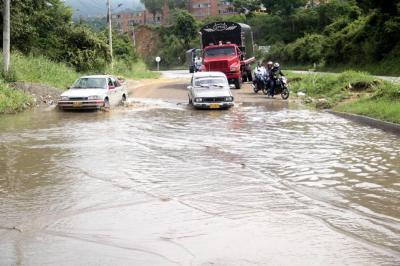 Imágenes del caos que generó la lluvia en Bucaramanga