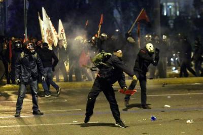Imágenes de la protesta en Grecia contra gran paquete de reformas del rescate