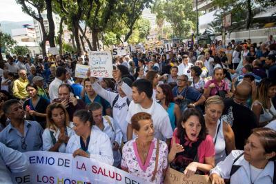 Las imágenes de la marcha de salud en Venezuela