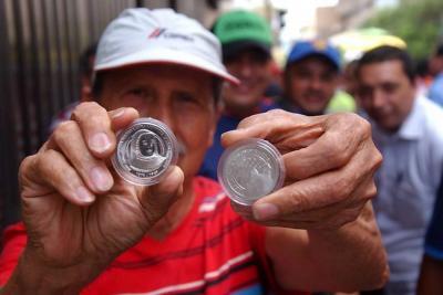 Se agotaron las monedas de la Madre Laura en Bucaramanga